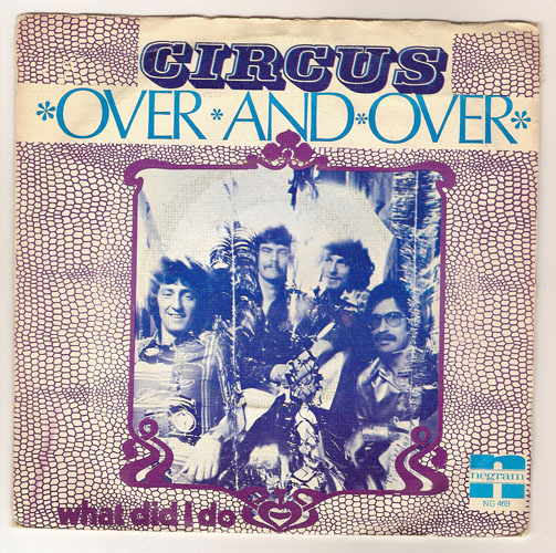 "CIRCUS ""Over and over"""