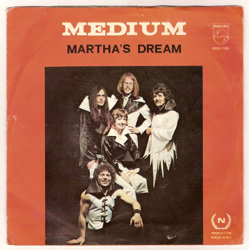 "MEDIUM ""Martha's dream"""