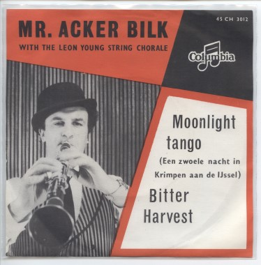"MR.ACKER BILK ""Moonlight tango"""